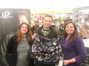 Chris Packham includes Mammal Society guide in new clothing range